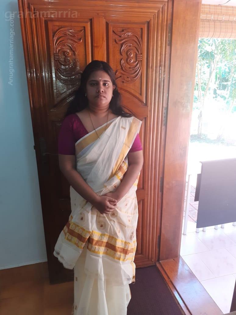 Sreelakshmi (Ayilyam - Papam)  0480 2836805