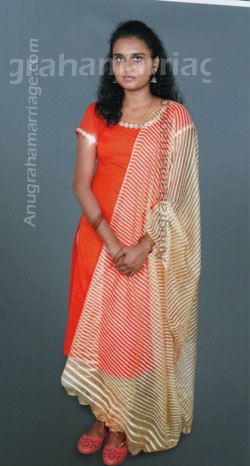 Krishnapriya (Pooradam) 9747332371