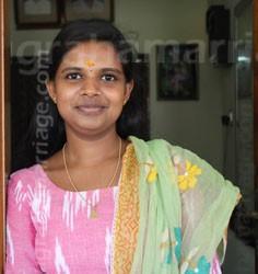 Anjali (Bharani - Dosham)  9495634090