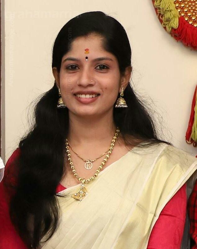 Rasmy (Uthrattathi )