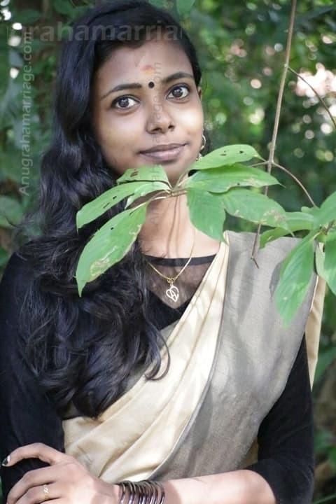 Ashika (Pooruruttathi) 8907209456