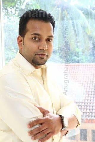 Sarath Vijay - Divorced (Thiruvonam)