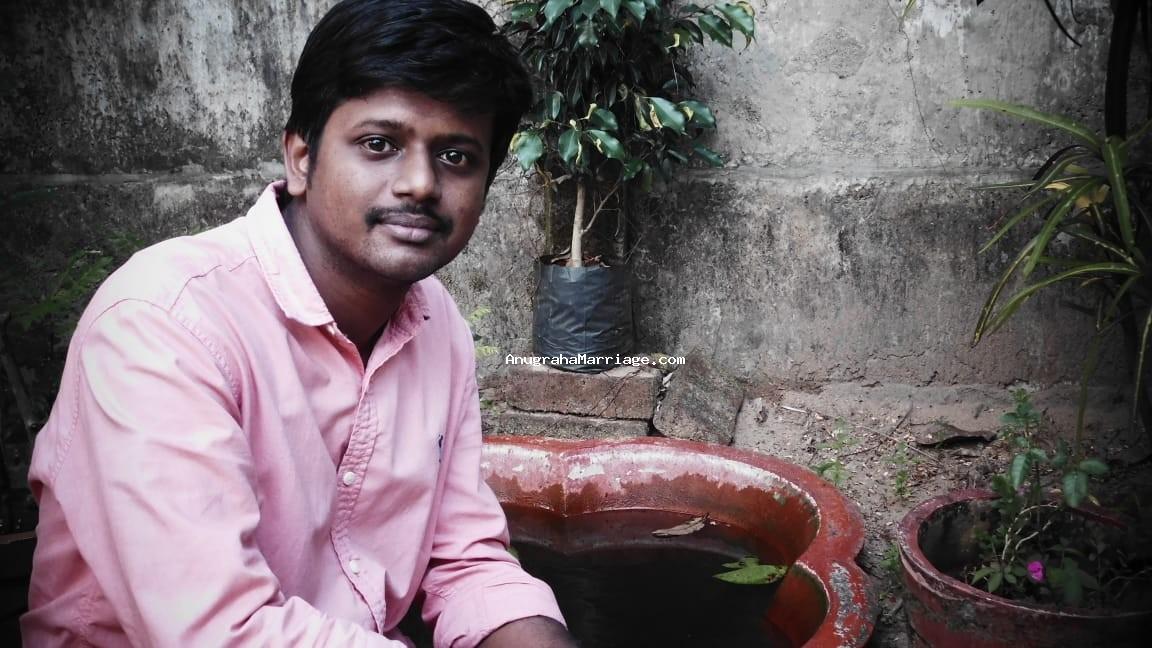 Deepak.V.Dev (Pooyam - sudham) 9446 7786 00