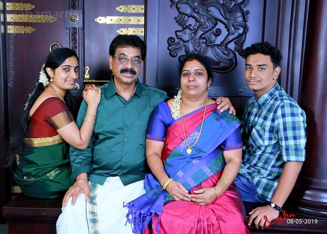 Sruthi Unnikrishnan (Bharani) 8943712620