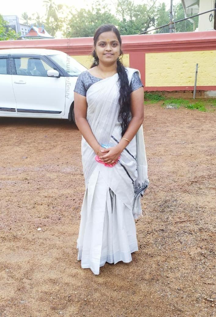 Aneesha Kv (Thiruvonam-Sudham)