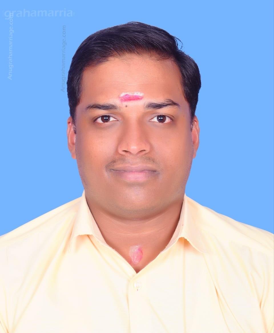 Yedhu P Madhu (Pooyam) 9562736827