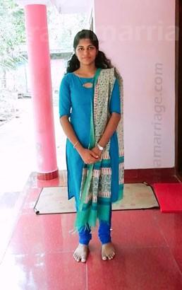 Anjali (Uthram) 9495 196533
