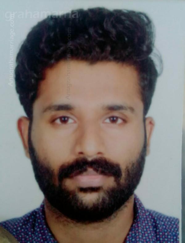 Sajin (Karthika) 9048308842
