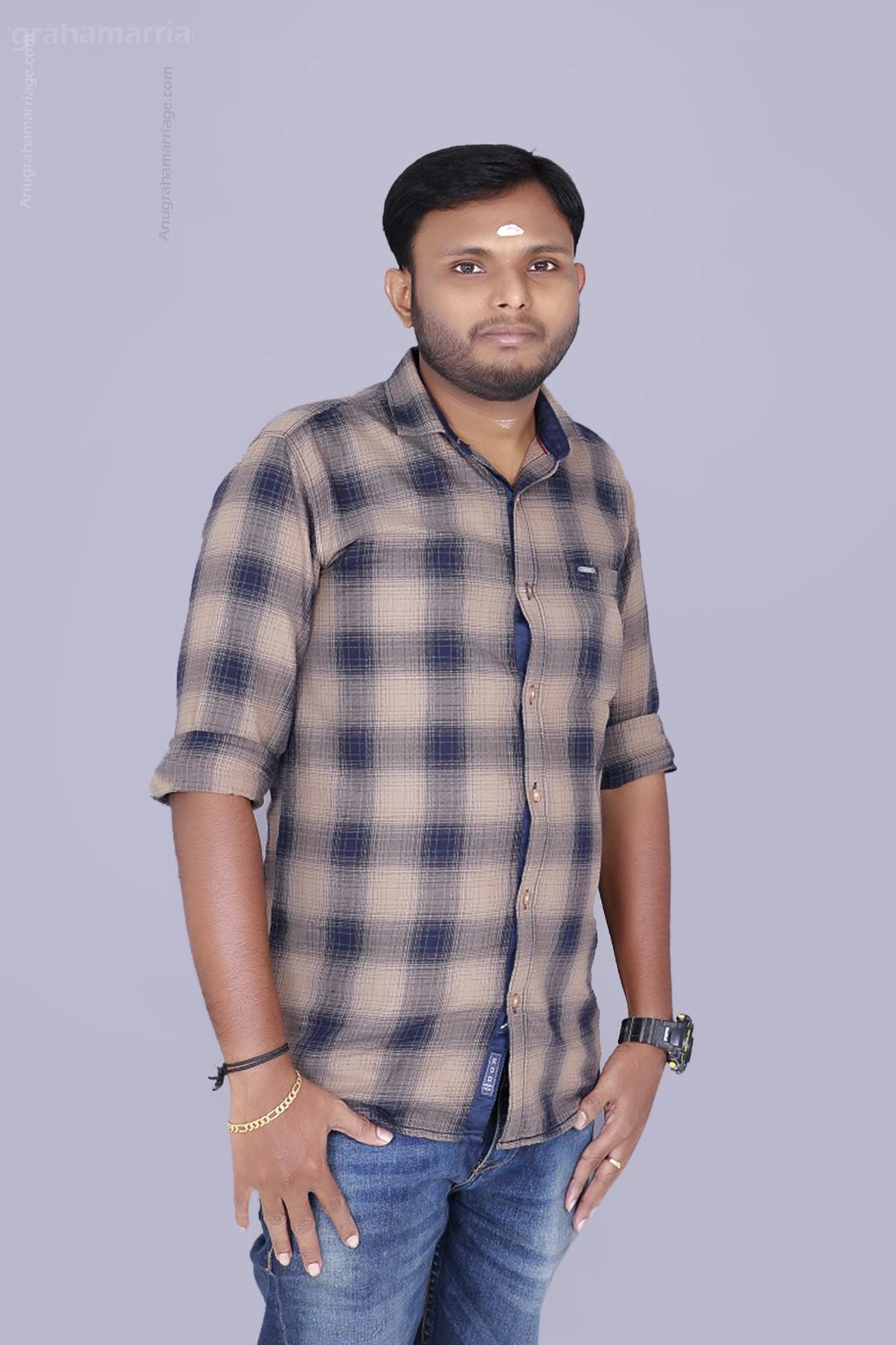 Sachin Suresh T ( Avittam - Sudham ) 9048146881