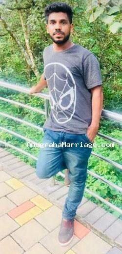 Saneesh Kumar (Karthika) 9526 224684