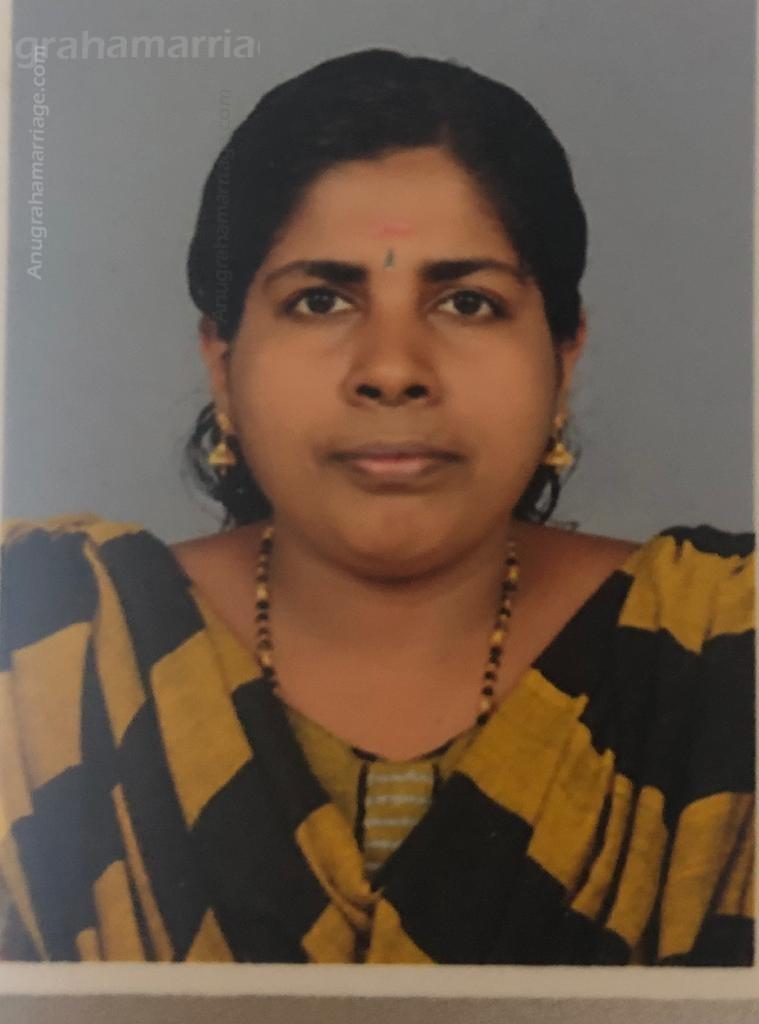 Anjitha -Divorced (Visakam) 9747 998094