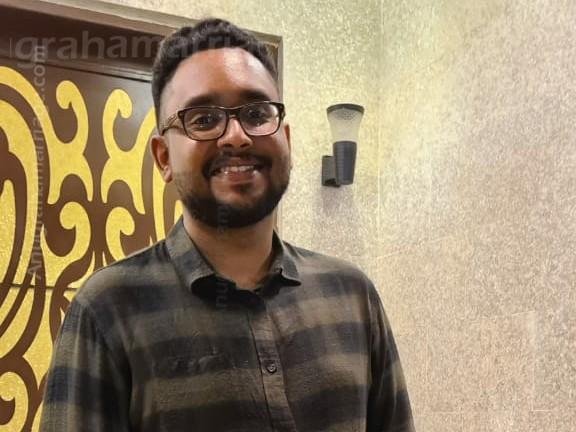 Sreehas Sreeni (Pooyam)