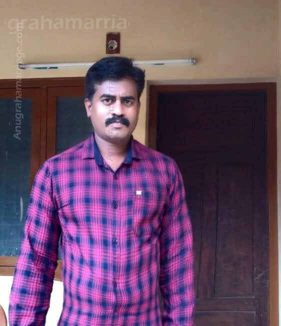 ANISH PADMANABHAN (Uthram) 9892363324