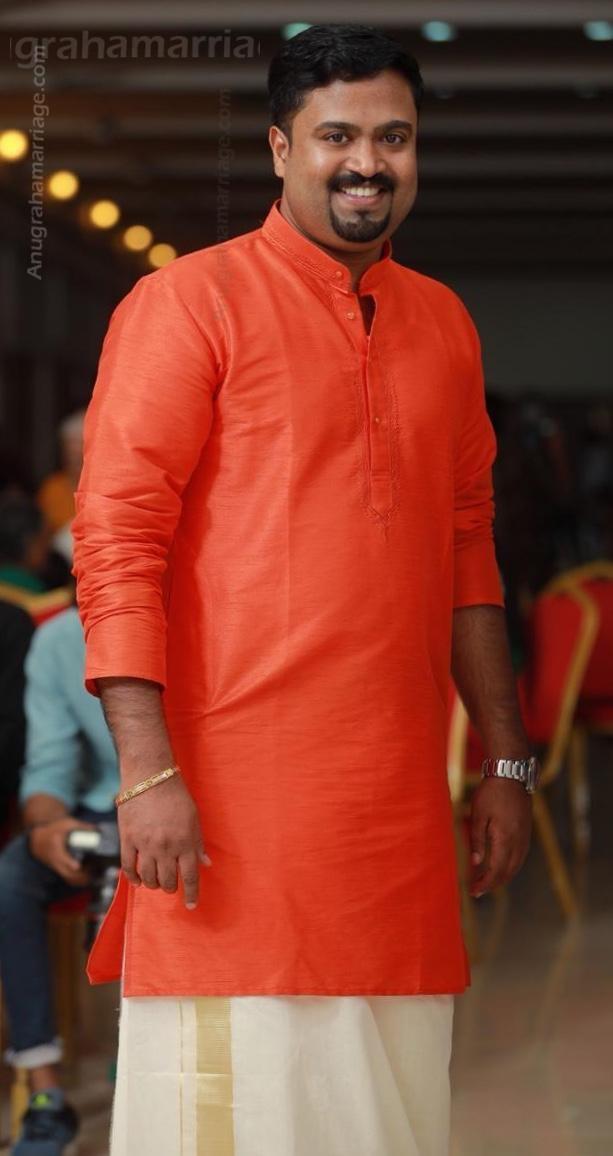 Binil vijayan-Divorced (Makam) 9846506526