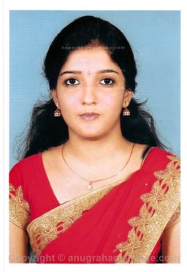 Greeshma Dharmapalan (Chathayam- Sudham) 8129 828283