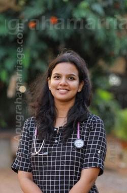 Dr. Akhiya Jayan - Dheevara (Pooram- Sudham)