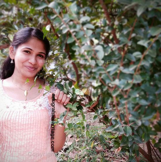Lekshmi (Anizham-1/2 papam) 9539517327