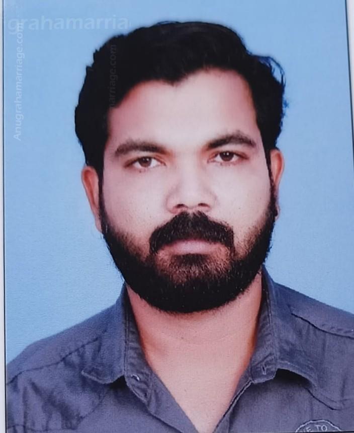 Vineeth Kumar P.V. (Pooradam)