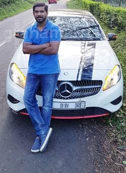 Pratheesh Eyyani (Chithira- Slight Papam) 999516 2442