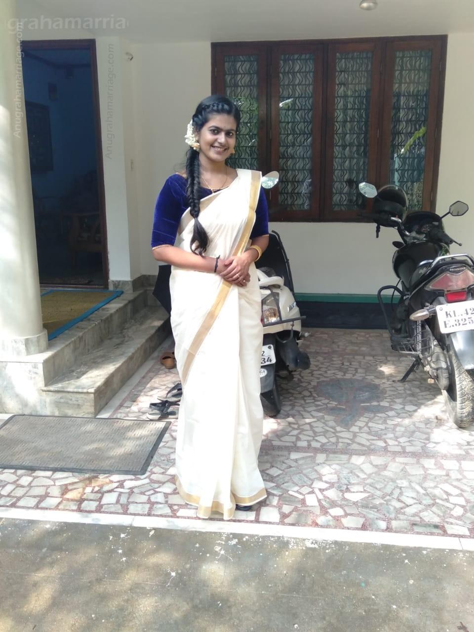 ANANDHALAKSHMI K.S. (Anizham - Sudham ) 9447161316