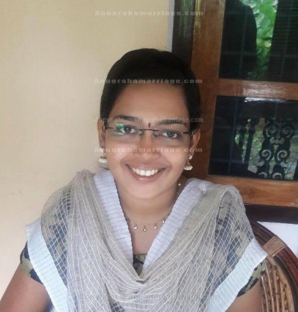 Maya K.Sankaran (Ayillium) 8921 6440 84