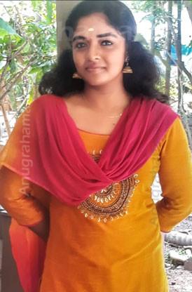 Sethulakshmy (Thiruvonam)  8606824510