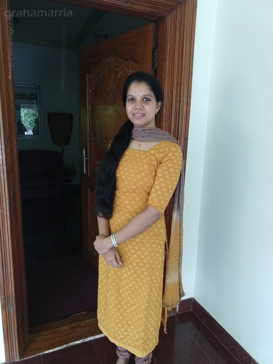 GOPIKA  A  B (Chothi)