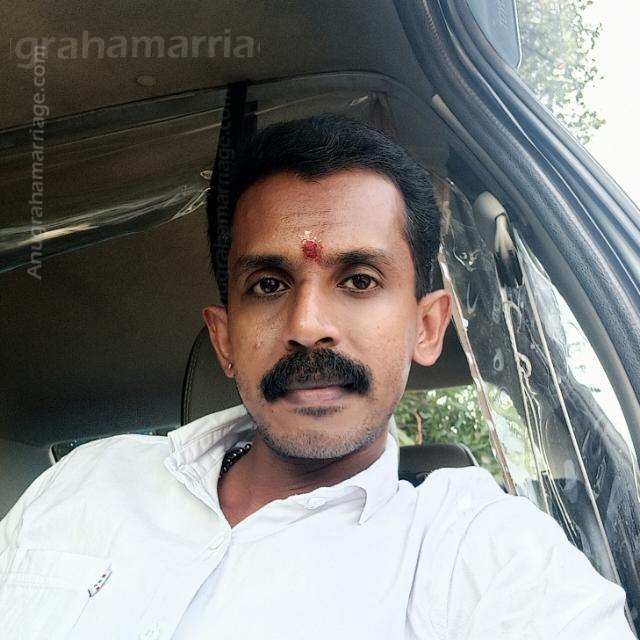 Sujith (Uthrattathi-Papam/Dosham)