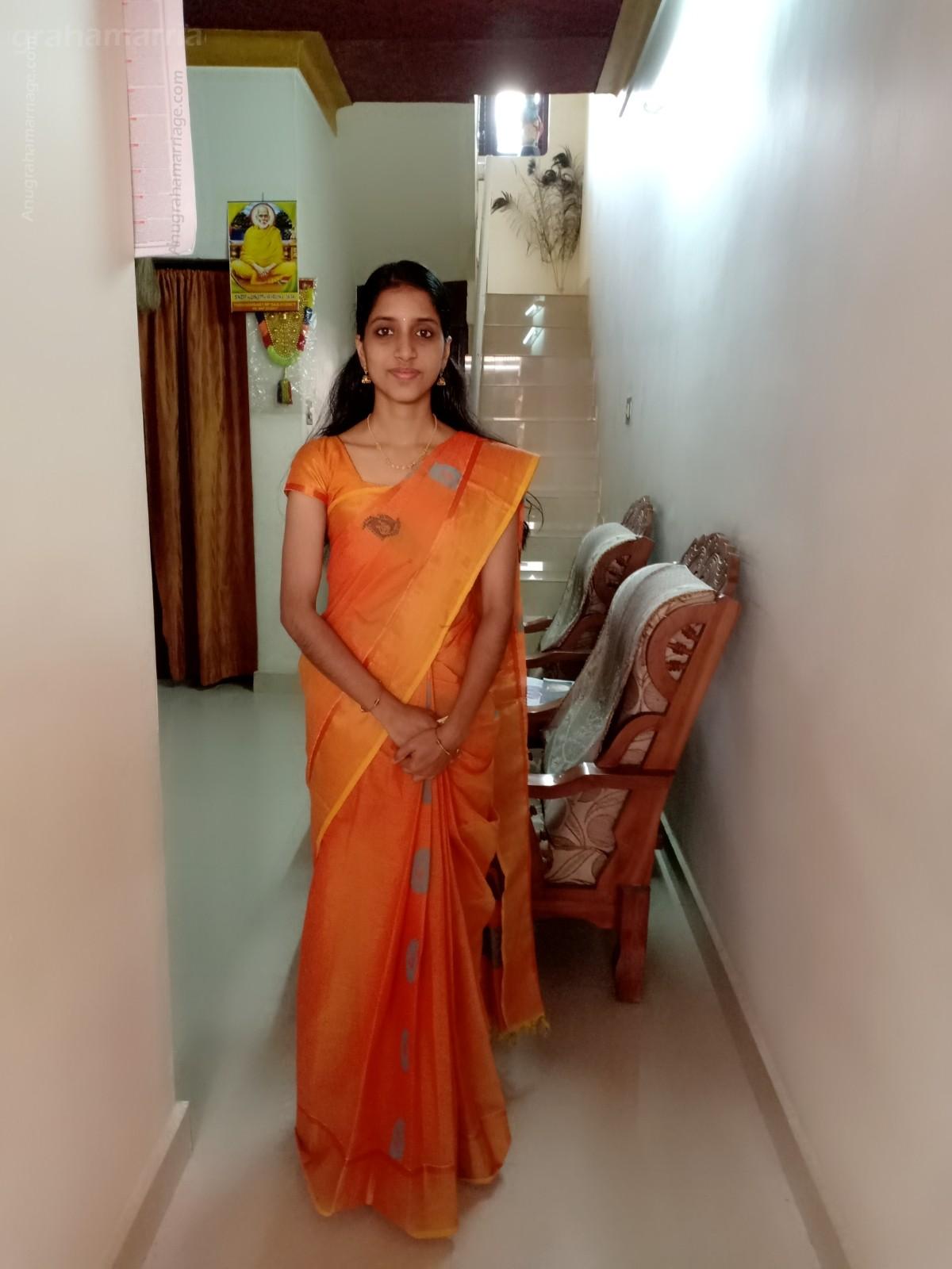 Anjana P. Surendran (Pooyam -1 dosham) 9746045744